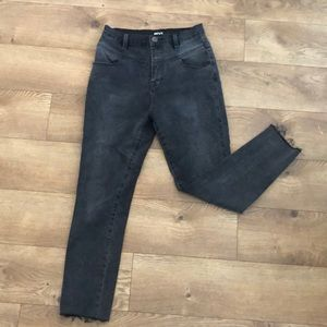 Urban Outfitters skinny jeans !